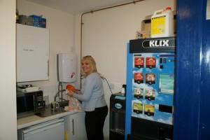 Kitchen and Refreshment Area